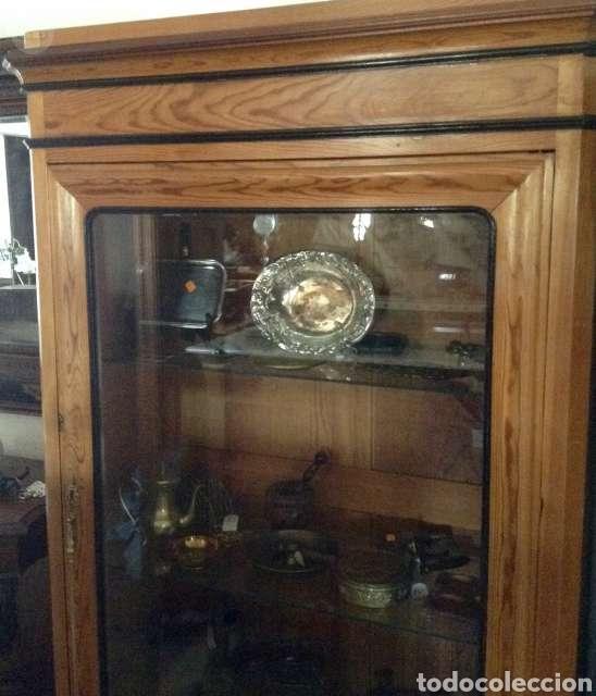 Antigüedades: Vitrina de madera - Foto 2 - 234825755