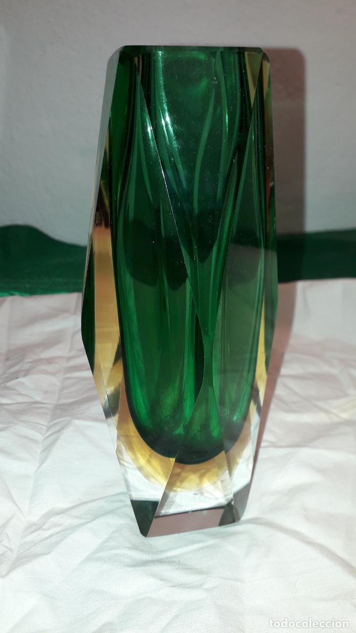 PRECIOSO VIOLETERO DE MURANO (Antigüedades - Cristal y Vidrio - Murano)