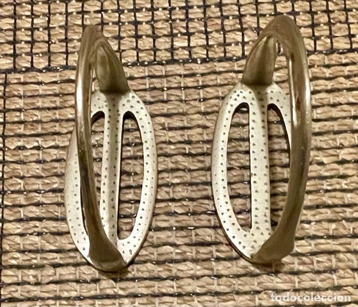 Antigüedades: ANTIGUOS ESTRIBOS , DE OFICIAL DE CABALLERÍA EJÉRCITO ESPAÑOL - Foto 2 - 234926175