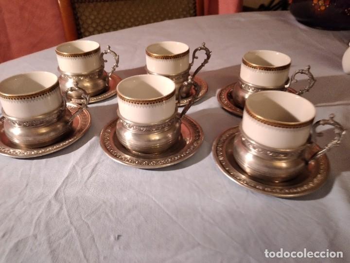 Antigüedades: Precioso juego de café de porcelana con taza y platillo de 95% estaño - Foto 2 - 234929485