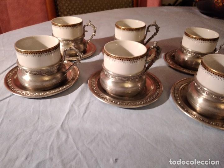 Antigüedades: Precioso juego de café de porcelana con taza y platillo de 95% estaño - Foto 3 - 234929485