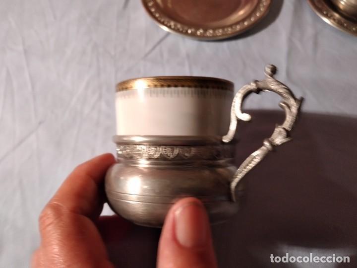 Antigüedades: Precioso juego de café de porcelana con taza y platillo de 95% estaño - Foto 5 - 234929485