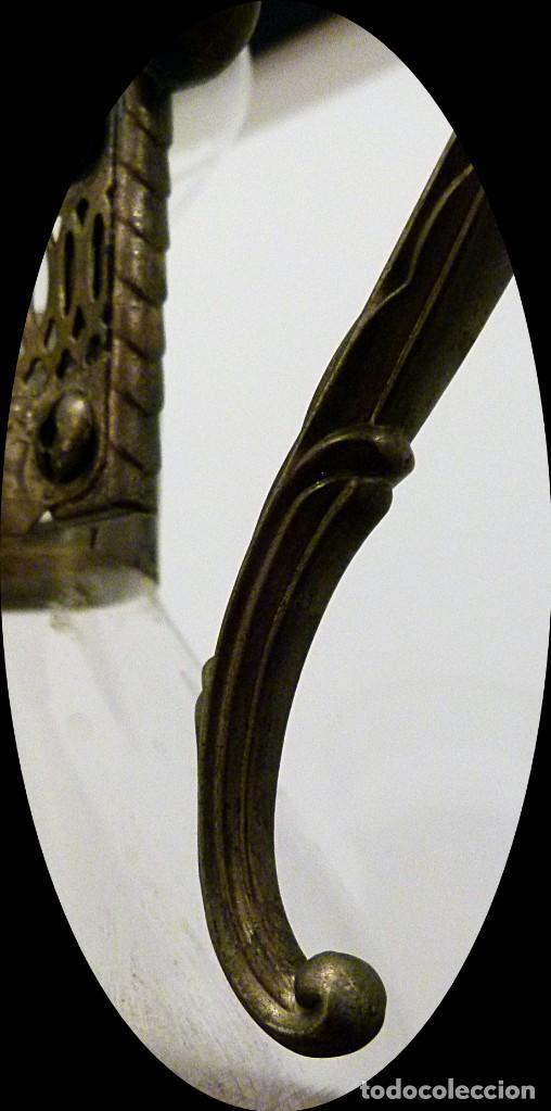 Antigüedades: PRECIOSA JARRA DE CRISTAL CON DECORACION DE ALPACA AÑOS 50-60 - VER FOTOS - Foto 7 - 234934740