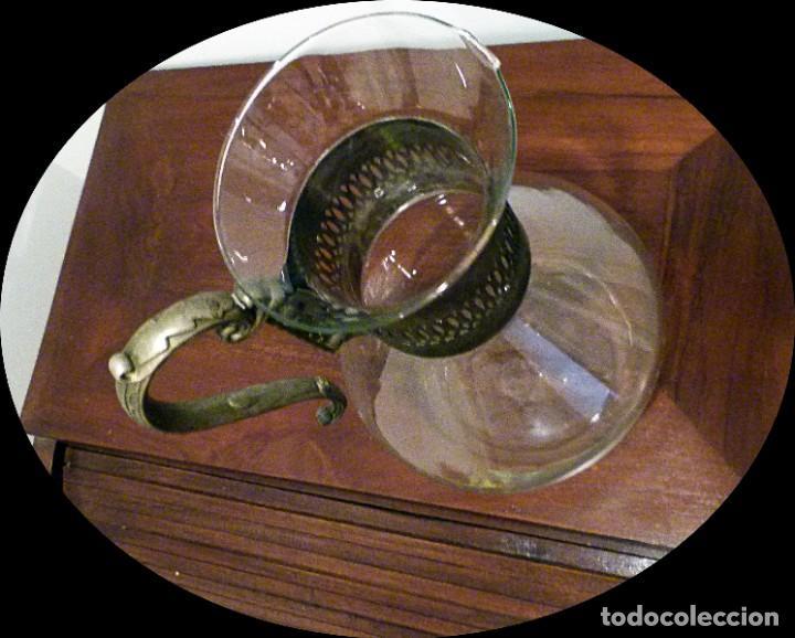 Antigüedades: PRECIOSA JARRA DE CRISTAL CON DECORACION DE ALPACA AÑOS 50-60 - VER FOTOS - Foto 3 - 234934740