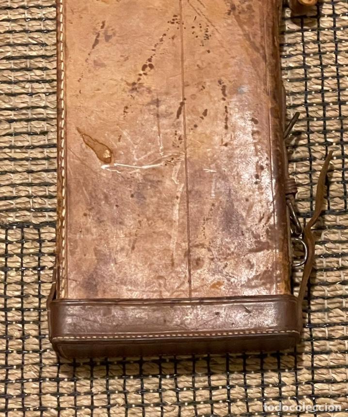 Antigüedades: ANTIGUO PORTA ESCOPETA, DEL CONOCIDO GUARNICIONERO MANUEL CARDENAS - Foto 3 - 234938860