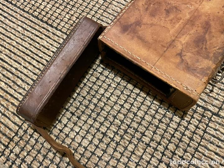 Antigüedades: ANTIGUO PORTA ESCOPETA, DEL CONOCIDO GUARNICIONERO MANUEL CARDENAS - Foto 13 - 234938860