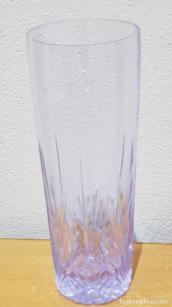 Antigüedades: Lote 5 vasos tubo cristal Bohemia tallados, cambian de color según la luz (ver fotos) - Foto 7 - 235187465