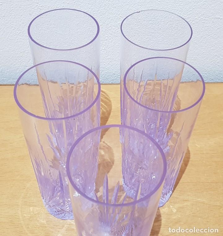Antigüedades: Lote 5 vasos tubo cristal Bohemia tallados, cambian de color según la luz (ver fotos) - Foto 10 - 235187465