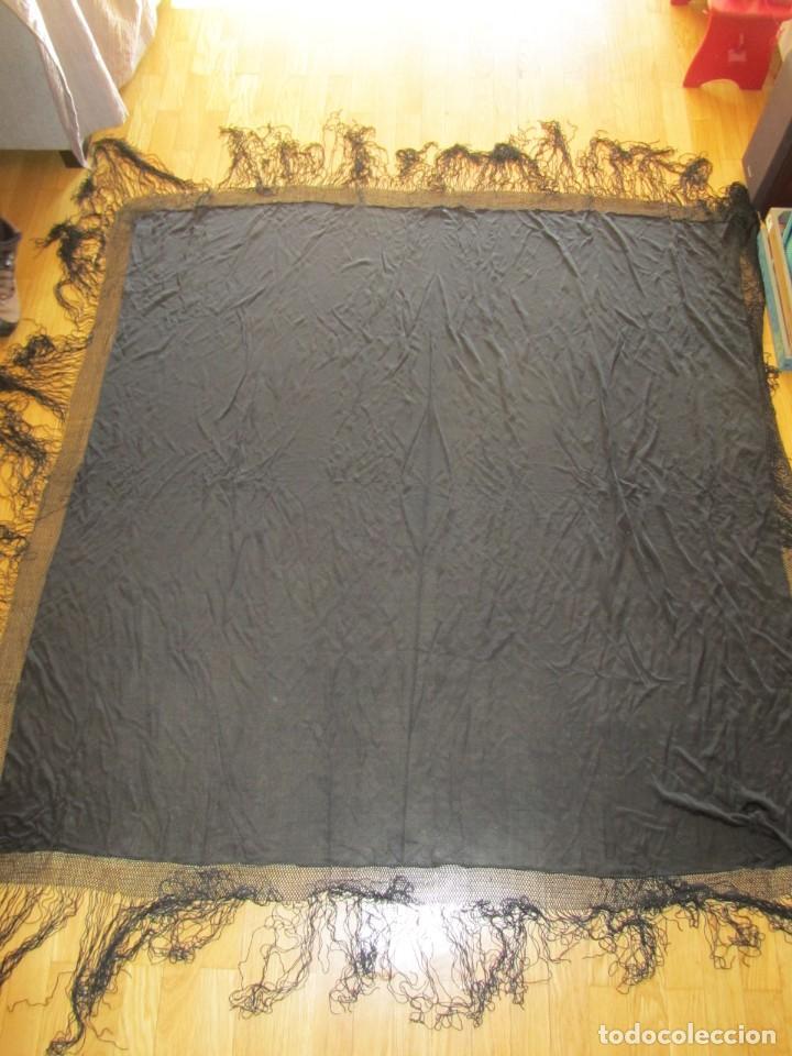 Antigüedades: Mantón de manila negro sin bordados - Foto 2 - 235294525