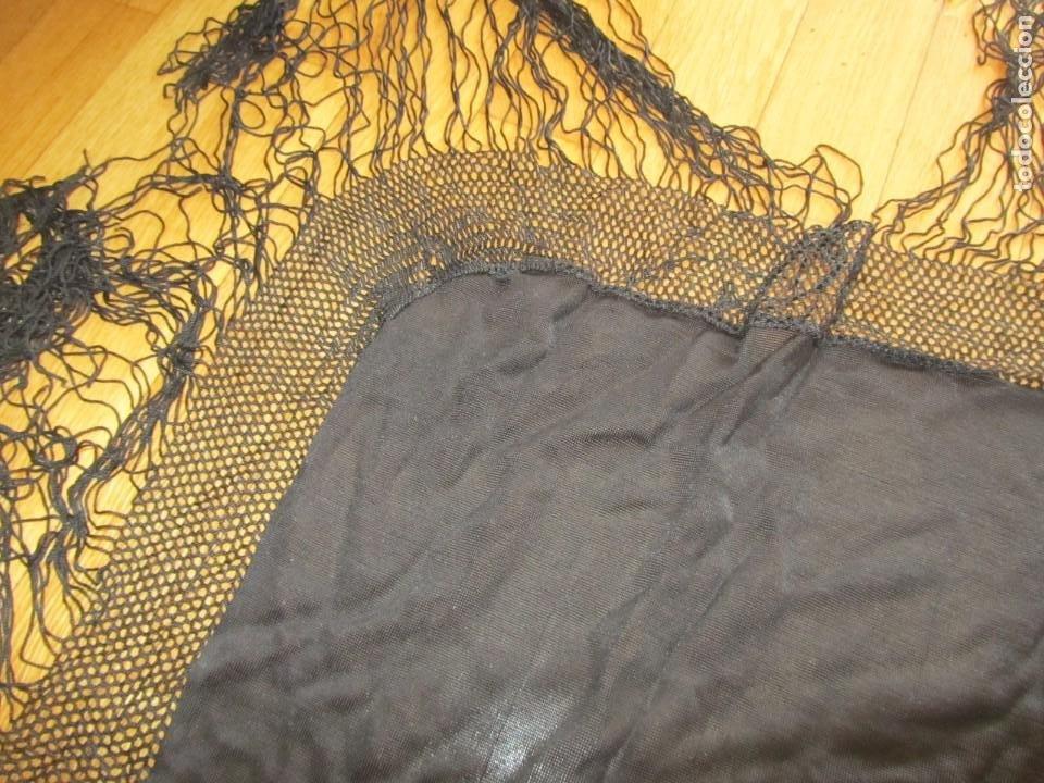 Antigüedades: Mantón de manila negro sin bordados - Foto 5 - 235294525