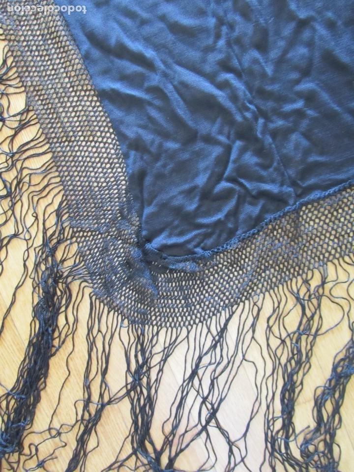 Antigüedades: Mantón de manila negro sin bordados - Foto 6 - 235294525