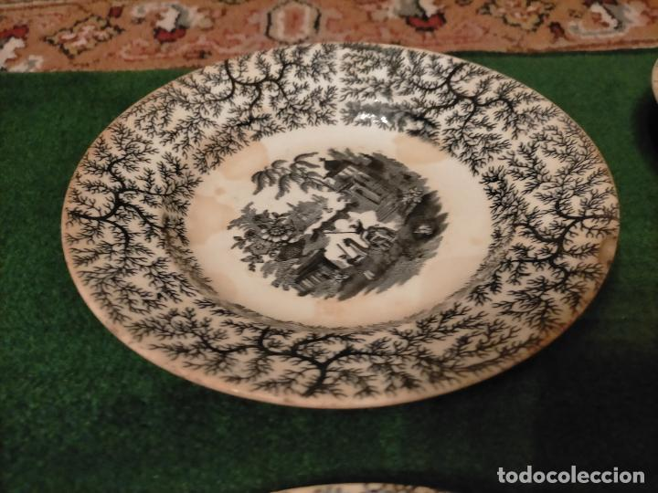 Antigüedades: Antiguos 6 plato / platos hondos de la Cartuja Pikman de Sevilla dibujo negro años 20-30 - Foto 8 - 235295325