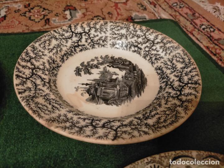 Antigüedades: Antiguos 6 plato / platos hondos de la Cartuja Pikman de Sevilla dibujo negro años 20-30 - Foto 9 - 235295325