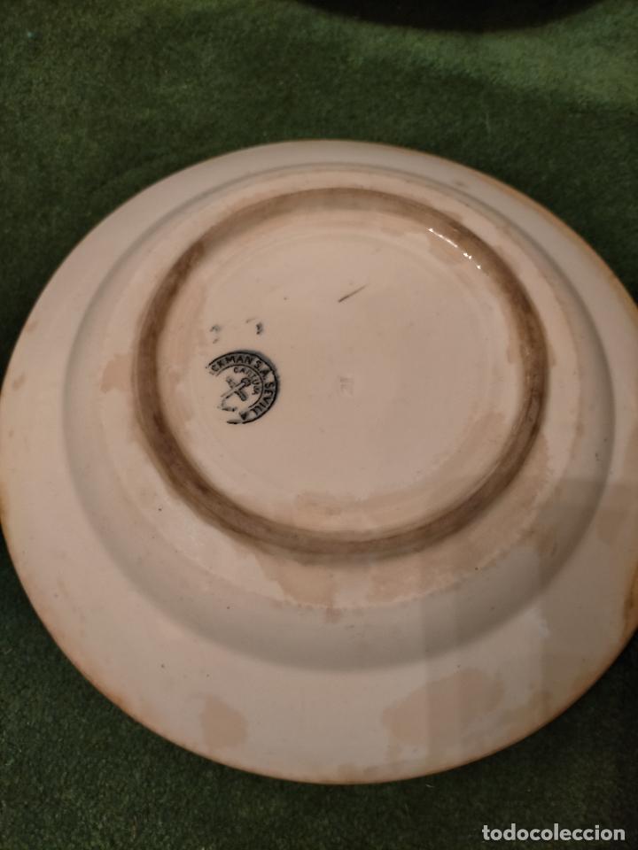 Antigüedades: Antiguos 6 plato / platos hondos de la Cartuja Pikman de Sevilla dibujo negro años 20-30 - Foto 10 - 235295325