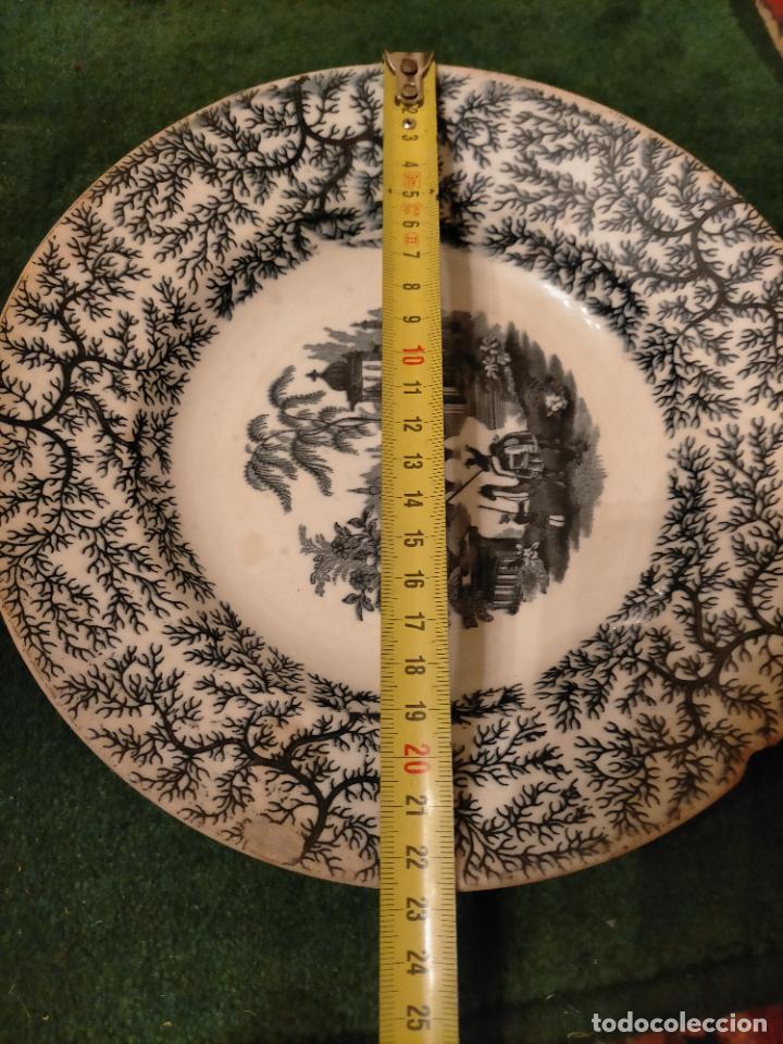 Antigüedades: Antiguos 6 plato / platos hondos de la Cartuja Pikman de Sevilla dibujo negro años 20-30 - Foto 16 - 235295325