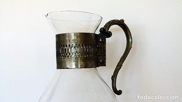 Antigüedades: PRECIOSA JARRA DE CRISTAL CON DECORACION DE ALPACA AÑOS 50-60 - VER FOTOS - Foto 11 - 234934740