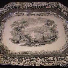 Antigüedades: GRAN Y MONUMENTAL BANDEJA PORCELANA DE SARGADELOS (3ª EPOCA 1845 – 1862). Lote 235464420
