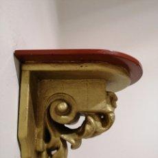 Antigüedades: MÉNSULA DE MADERA. Lote 235519350