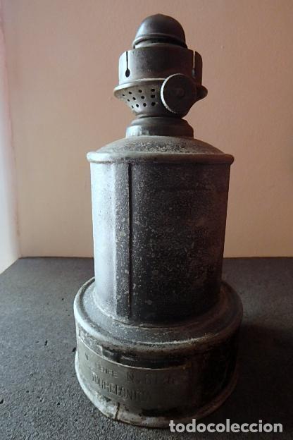 Antigüedades: (JX-210116)CANDIL,QUINQUÉ O LÁMPARA DE PETRÓLEO DE RENFE - ESTACIÓN DE TORREBONICA (TARRASA ). - Foto 4 - 235521385
