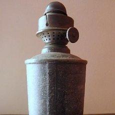 Antigüedades: (JX-210116)CANDIL,QUINQUÉ O LÁMPARA DE PETRÓLEO DE RENFE - ESTACIÓN DE TORREBONICA (TARRASA ).. Lote 235521385