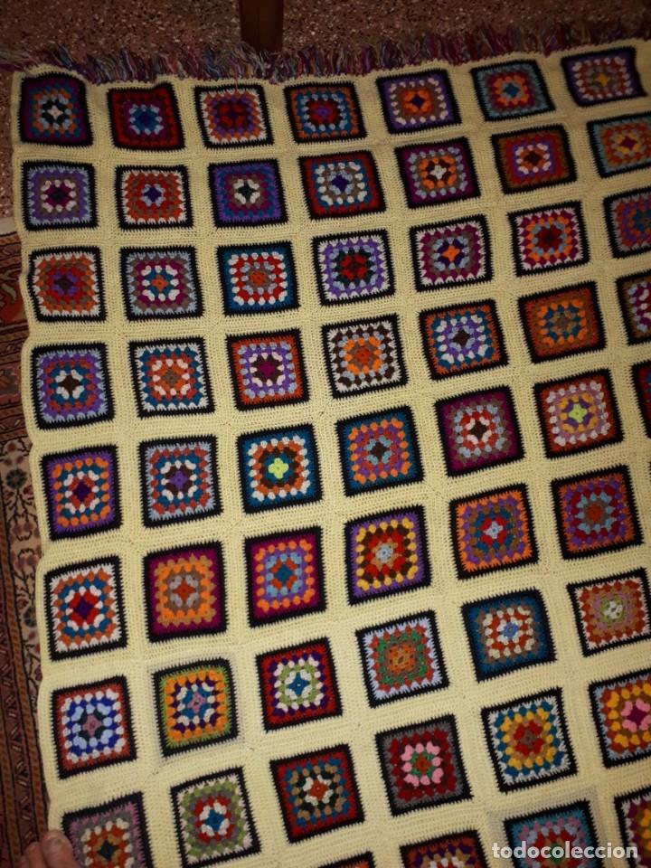 Antigüedades: Antigua colcha hecha a mano a Broche - Foto 3 - 235536705