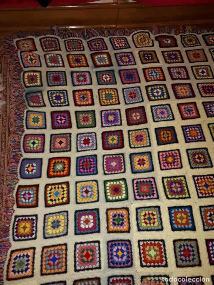 Antigüedades: Antigua colcha hecha a mano a Broche - Foto 5 - 235536705