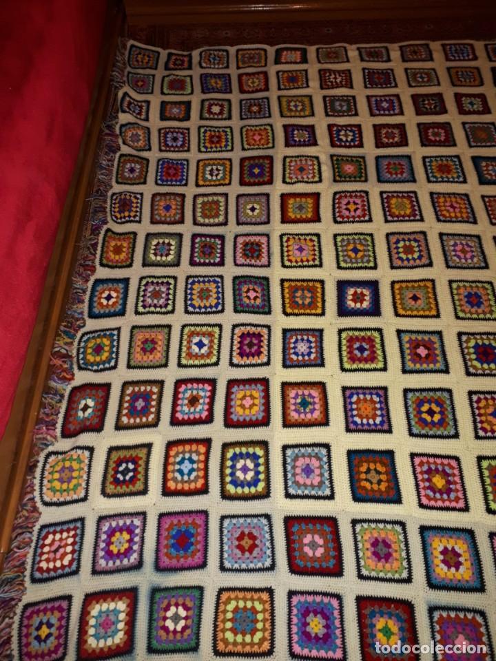 Antigüedades: Antigua colcha hecha a mano a Broche - Foto 6 - 235536705