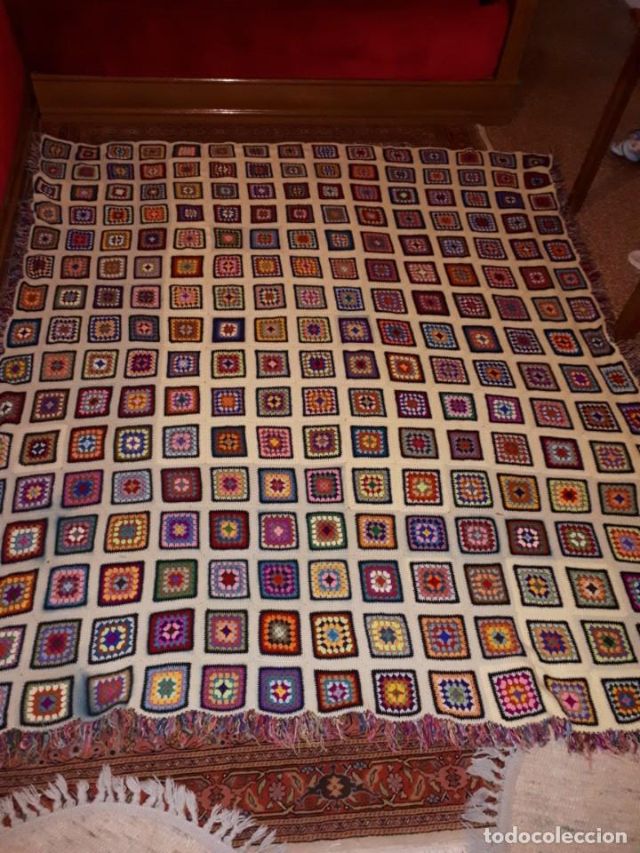 Antigüedades: Antigua colcha hecha a mano a Broche - Foto 7 - 235536705
