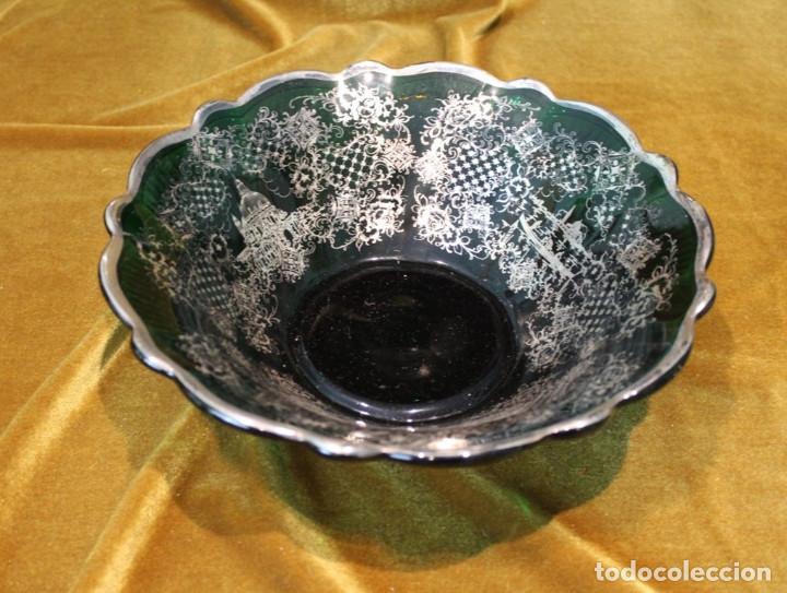 Antigüedades: Servicio de cristal de Murano,Jarra de agua,ensaladera,frutero,seis vasos y seis platos de postre. - Foto 5 - 235542630