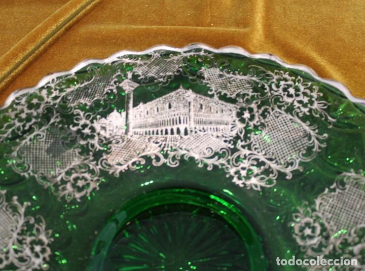Antigüedades: Servicio de cristal de Murano,Jarra de agua,ensaladera,frutero,seis vasos y seis platos de postre. - Foto 9 - 235542630