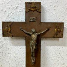 Antigüedades: CRUCIFIJO DE PRINCIPIOS DEL SIGLO XX. Lote 235565630