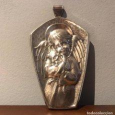 Antigüedades: ANTIGUA PLACA PARA CUNAS DEL ANGEL DE LA GUARDA DE ALPADUR - PEDRO DURAN. Lote 235601475
