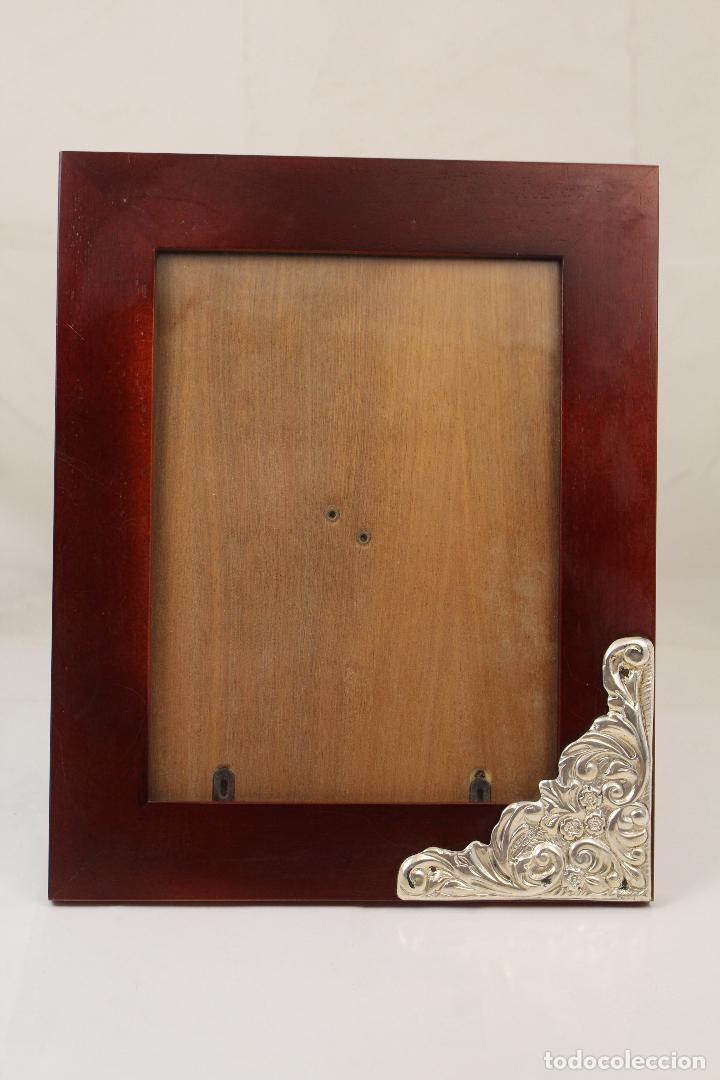 Antigüedades: portafotos de madera y plata de ley - Foto 4 - 268860014