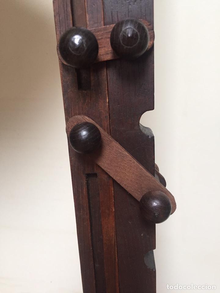 Antigüedades: Original lámpara alta de madera regulable - Foto 9 - 235702155