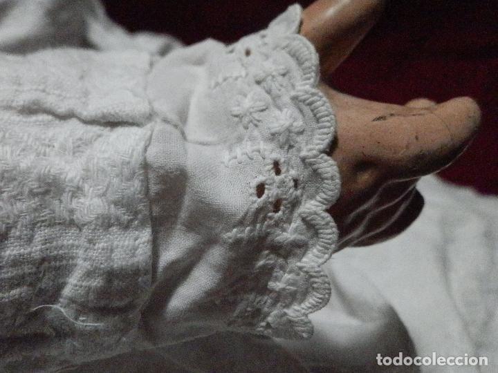 Antigüedades: ANTIGUO VESTIDO FALDÓN EN ALGODÓN PARA BEBÉ CON PUNTILLA BORDADA A MANO - Foto 9 - 235799420