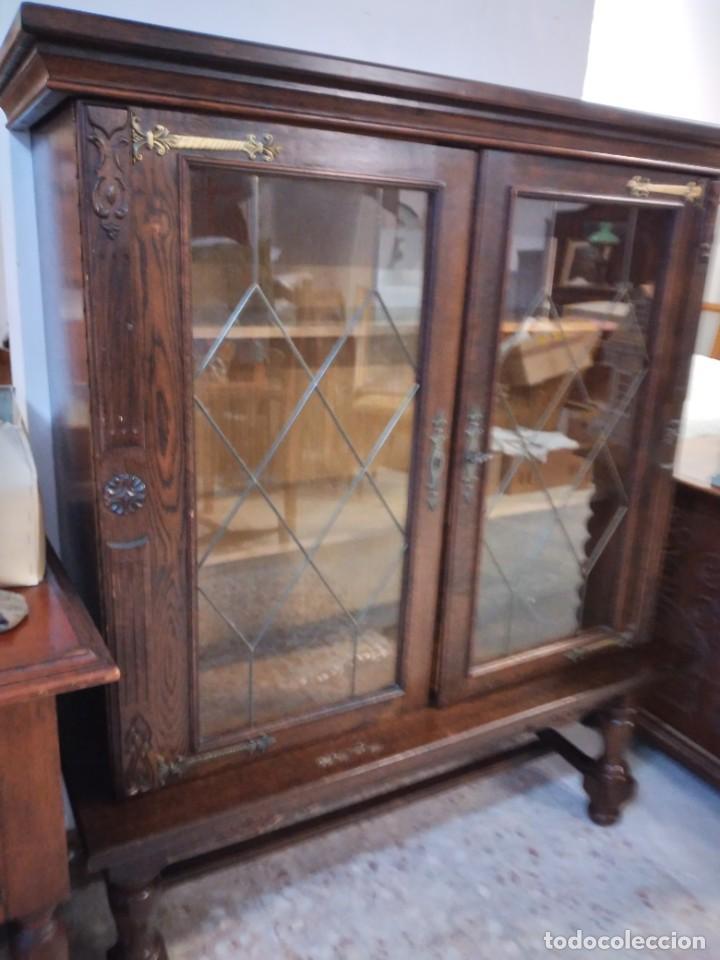 Antigüedades: Preciosa vitrina de madera noble con estaño en los cristales,2 piezas - Foto 4 - 235877815