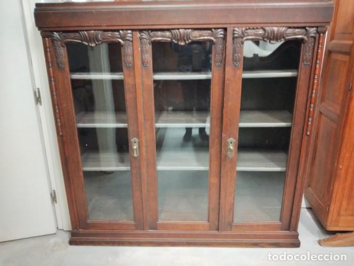 Antigüedades: Antigua vitrina de madera noble .heintel & schairer stuttgart.año 1910/1920 - Foto 2 - 235880690
