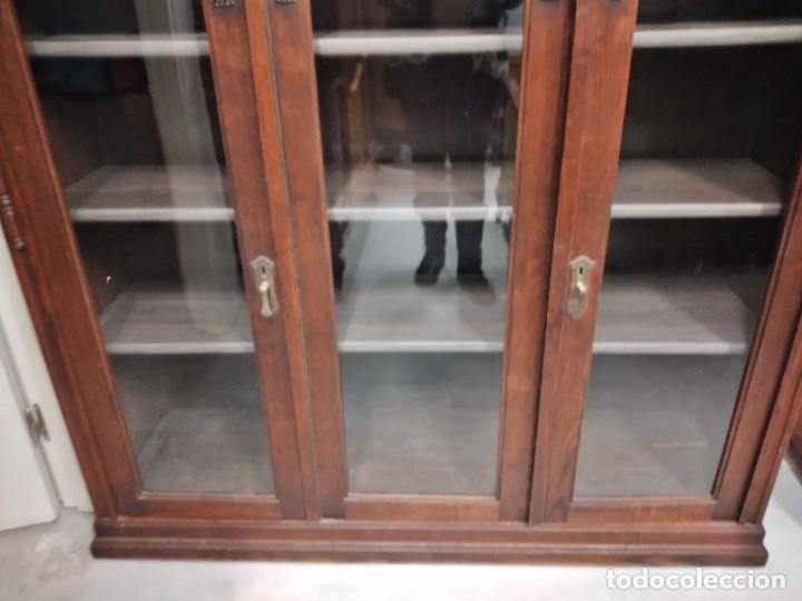 Antigüedades: Antigua vitrina de madera noble .heintel & schairer stuttgart.año 1910/1920 - Foto 6 - 235880690