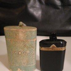 Antigüedades: BOTELLA DE PERFUME ANTIGUA, NUIT DESCOEL CATÓN, CON SU CAJA ORIGINAL.. Lote 235987905