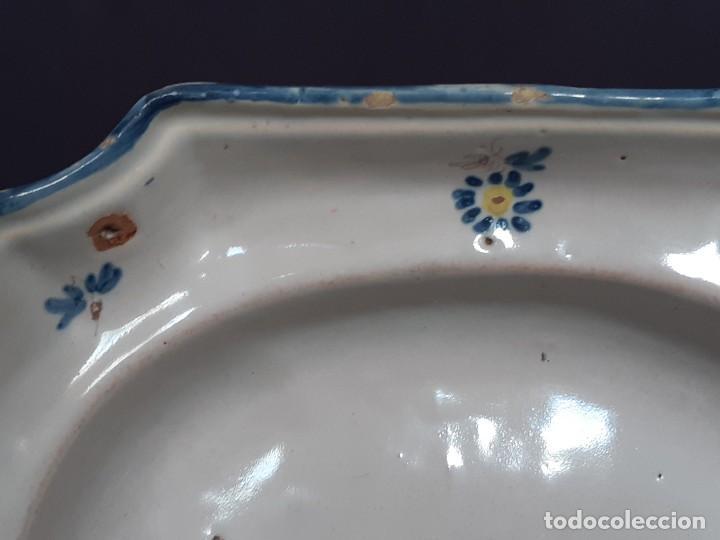Antigüedades: Barbera. Bacía. Alcora. Cerámica. Siglo XVIII-XIX. - Foto 4 - 235995495