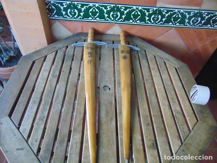 2 ESPADAS PARA DECORACIÓN REALIZADAS CON LA PUNTA PICO DE PEZ ESPADA (Antigüedades - Hogar y Decoración - Trofeos de Caza Antiguos)