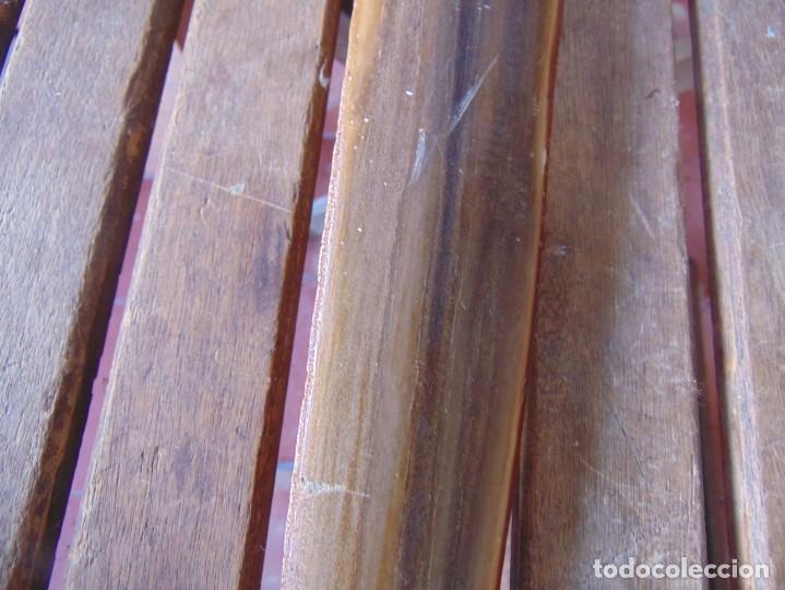 Antigüedades: 2 ESPADAS PARA DECORACIÓN REALIZADAS CON LA PUNTA PICO DE PEZ ESPADA - Foto 13 - 235999735