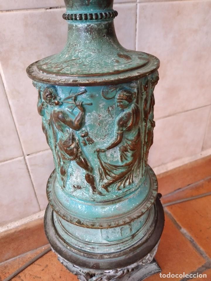 Antigüedades: Antiguo quinque de bronce imágenes antiguos griegos desnudos, con 3 patas y garras,pátina verde, xix - Foto 10 - 236017385