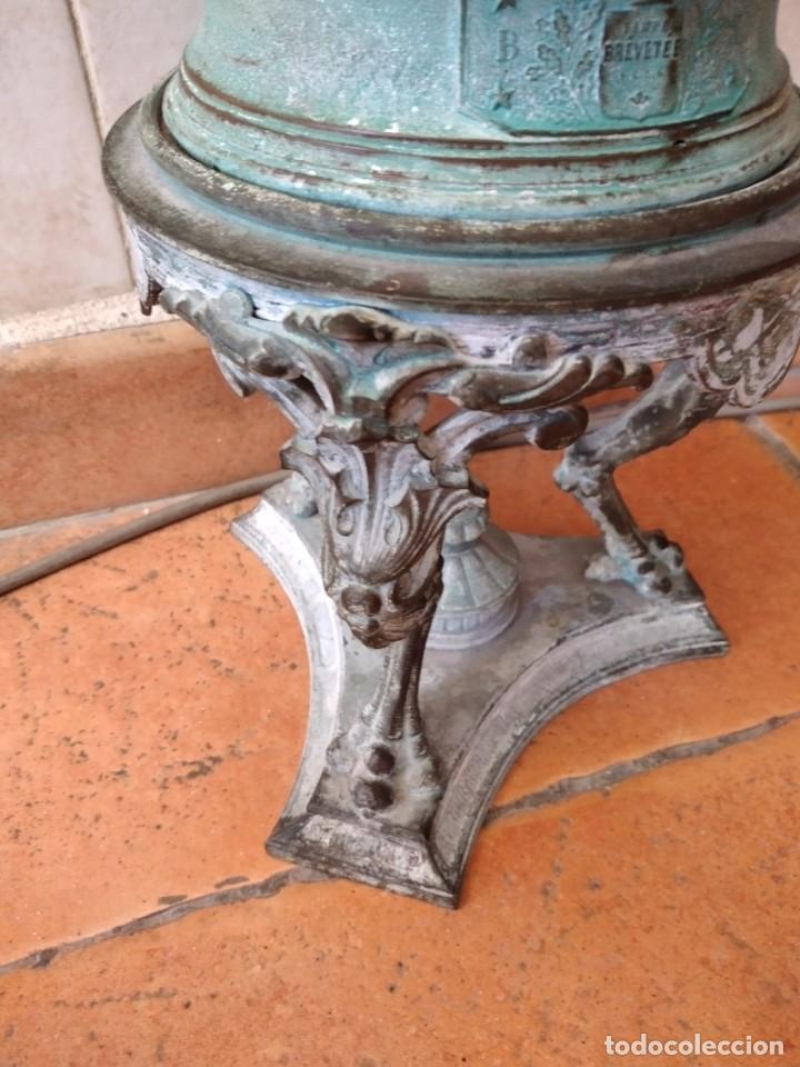 Antigüedades: Antiguo quinque de bronce imágenes antiguos griegos desnudos, con 3 patas y garras,pátina verde, xix - Foto 11 - 236017385