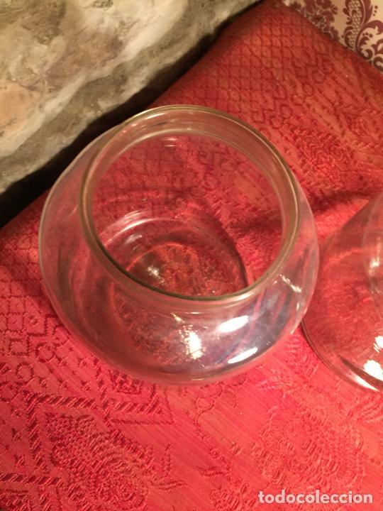 Antigüedades: Antiguos 2 bote / tarro de cristal Catalán soplado a mano del siglo XIX - Foto 5 - 236029050