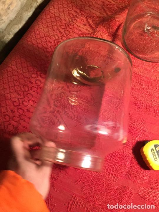 Antigüedades: Antiguos 2 bote / tarro de cristal Catalán soplado a mano del siglo XIX - Foto 7 - 236029050