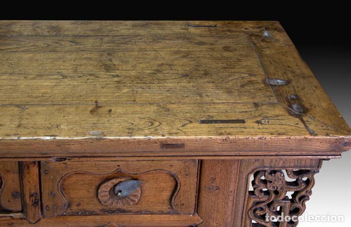 Antigüedades: Consola oriental. Madera tallada, metal. Hacia principios del siglo XX. - Foto 5 - 236094405
