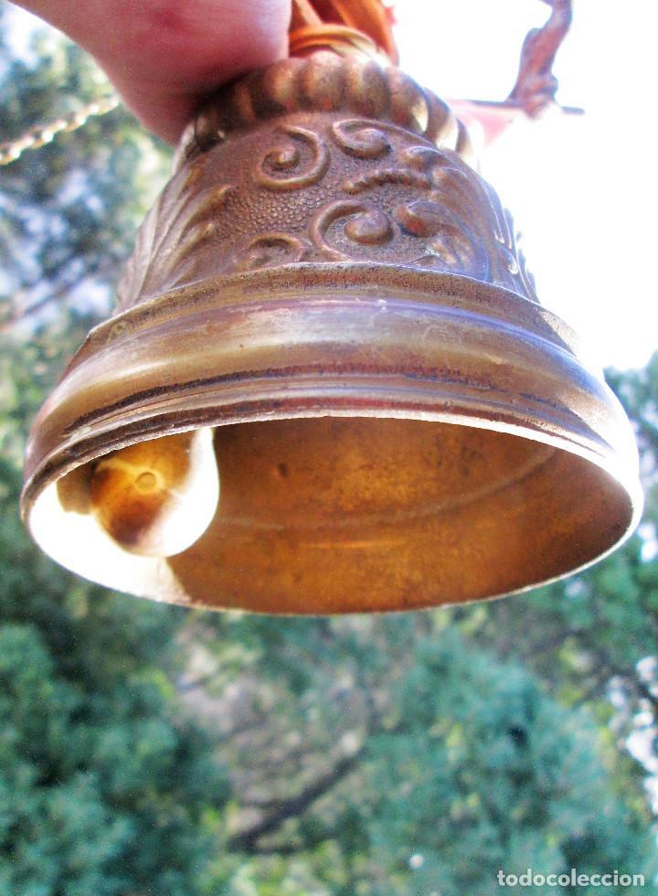 Antigüedades: ANTIGUA CAMPANA DE BRONCE MACIZO, PARA CAPILLA O CASONA PESA 2 KILOS - Foto 13 - 236116325