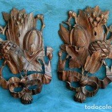 Antigüedades: BONITAS TALLAS DE MADERA - TEMÁTICA FLORAL Y VEGETAL - GRANADAS - CUARTERÓN - MUEBLE - DECORACIÓN -. Lote 236167645