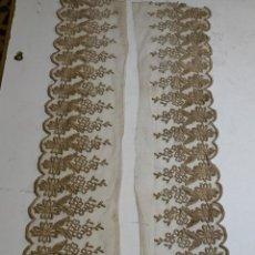 Oggetti Antichi: 275 X 20 CM ENCAJE TUL BORDADO PARA PECHO DE VIRGEN FRENTE ALTAR SEMANA SANTA. Lote 236227270